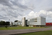 Brasilia-Palace: street-view from Southwest
