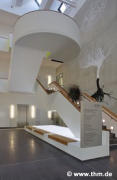 ForMed, Giessen: lobby, staircase, ghosts (photo: Savas)