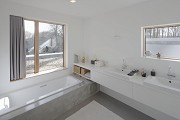 Spelbergs-Busch: bathroom with window-flushed tub