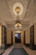 Kurfürstendamm 188: entrance-lobby, stair-house-facing