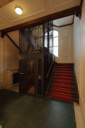 Kurfürstendamm 188: stair-house at ground-floor