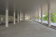 Musée La Boverie: the extension's subway has a line for pedestrians (photo) and for cars