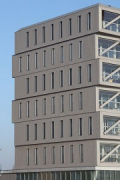 Patch 22, Amsterdam: north-western façade, timber-construction