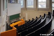 BFS, JLU Giessen: ground floor, small lecture hall, diagonal view (photo: Meier)