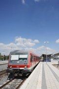 Bedburg Station: track 2 with train