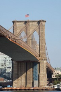 Brooklyn Bridge: bottom-view from East River Bikeway