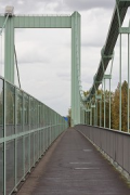 Rodenkirchen bridge: walkway at midstream