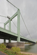 Rodenkirchen bridge: western pylon
