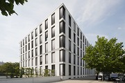 Eastsite Mannheim: Eastside V - precast-concrete-elemente with rounded corners, pict 1