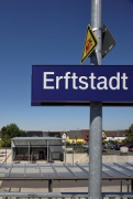 Erftstadt railway station: plattform-view from East, zoomed