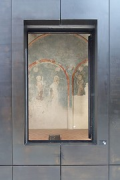 European Hansemuseum: open side-chapel vitrine-window