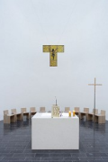 Church by the Sea: choir with altar and Tau-cross