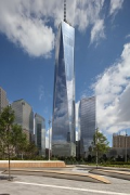 Liberty Park: center-area with One World Trade Center, fig. 1