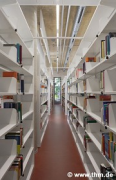 Marburg university library: shelf rows, fig. 2 (photo: Sowa, Theiss, Schilken, Wagner, Suchfort, von der Heid, Franke)