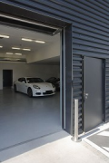 Porsche Center Mannheim: basement access gate