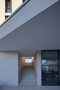 Colmdorf-Street, Munich-Aubing: cutout view of staircase-passage of cross-wing building