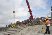 Rhine-boulevard: a vacuum-carrier is lifting the precast-elements 8