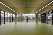 glass-cladded textile-concrete pavillon: hall facing to East