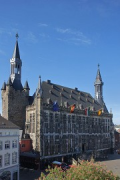 Aachen town-hall: elevated façade-view from North