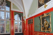 Aachen town-hall: red chamber, south-western room-corner, zoom
