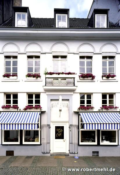 robert mehl objektdokumentation 2005 haus zum mohren aachen deutschland. Black Bedroom Furniture Sets. Home Design Ideas